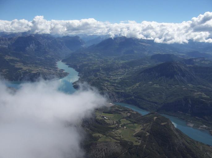 L POUMEROL au dessus des nuages Mt Colombis Septembre 2005