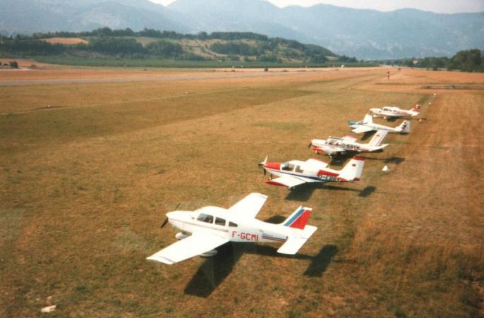 Parking pour les avions Juillet 1989